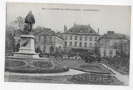 (RECTO / VERSO) LA ROCHE SUR YON EN 1927 - N° 474 - LA PREFECTURE - BEAU CACHET - CPA VOYAGEE - La Roche Sur Yon