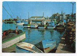 LE  CROISIC --- Le Port  (petite Animation , Bateaux De Pêche )  --.....pas Très Courante - Le Croisic