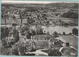 CPM:  PROULIEU   (Dpt.01):  Vue Panoramique Aérienne.  Au Premier Plan, Le Château.   (photo Véritable)  (E 203) - France