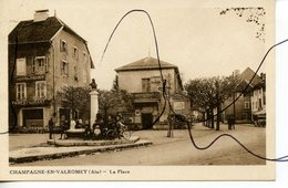 CPA. D01. Champagne En Valromey. La Place. Hotel PENET Restaurant. BERNARD PHOT BELLEY - France