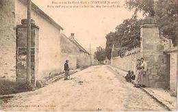 ITTEVLLE    Porte De L'ancienne Enceinte Fortifiée,dite Porte D'en-haut (animée) - La Ferte Alais