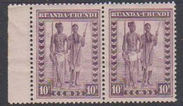 Ruanda-Urundi 1931 Inheemse Mensentypen 10fr (in Paar) (bruine Vlekje Op Gom 1 Zegel) ** Mnh (38389B) - Ruanda-Urundi