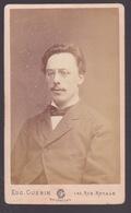 Photografie CDV   Homme  1882   Photographe Eug.Guerin.     Voir Scans - Anonymous Persons