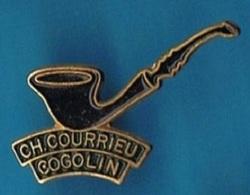 PIN'S //  ** COGOLIN ** CH.COURRIEU / MAITRE PIPIER / St TROPEZ ** - Celebrities