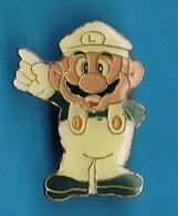 PIN'S //  ** LUIGI / FRÈRE DE SUPER MARIO BROS ** . (© 1988 Nintendo Of America INC) - Games