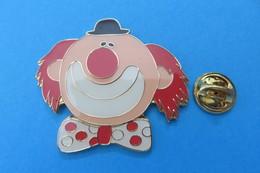 Grand Pin's, Clowns, Clown - Badges