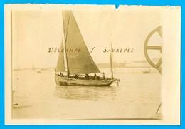 Pas De Calais - CALAIS Bateau De Pêche - Photo Originale Vers 1900 - Voir Scans - Lieux