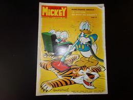 """Le Journal De Mickey Nouvelle Série 1972 N° 1040 """" Marie-Chantal La Victoire Au Bout Du Fleuret ? """" 39 Pages - Books, Magazines, Comics"""