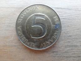 Slovenie  5  Tolarjev  1998  Km 6 - Slovénie