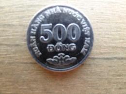 Viet-nam  500  Dong  2003  Km 74 - Viêt-Nam