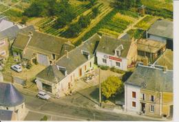 D72 - LA CHAPELLE GAUGAIN - EPICERIE TABAC - STATION ESSO SERVICE - MOBYLETTE  RENAULT 4  PUB KLEBER - CPSM Grand Format - France