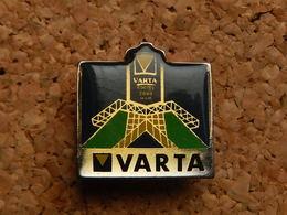 Pin's - VARTA - Merken