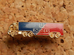 Pin's -  LES ROUTIERS - Transportation