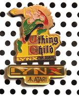 Lot De 2 Pin's Jeux De Console ATARI LYNX : Générique + Viking Child - Games