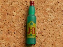 Pin's -  WHISKY J&B - Beverages
