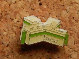 Pin's -  POLYCLINIQUE DU PARC - CHOLET - Cities