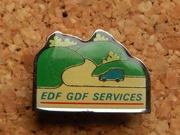 Pin's -  EDF GDF SERVICES - EDF GDF