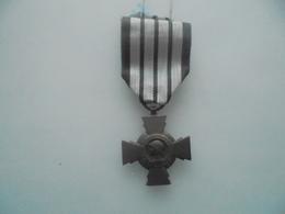 Croix Du Combattant Modèle De Vichy - France