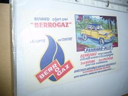 BUVARD COLLECTION   BERROGAZ  Gaz Butane  - Série Automobiles PANHARD PL17 - Electricity & Gas