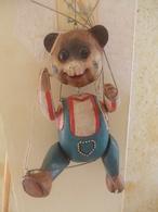 MARIONNETTE ARTISANALE A FILS Articulée En Bois - Puppets