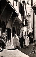 MAROC - CASABLANCA - RUE DU FONDOUK DANS L'ANCIENNE MEDINA - Casablanca