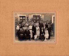 Grande Photo Originale Mariage & Mariés Années 1920 Du Grand Est à Neuf-Brisach (68600) - Militaire & Futur Curé ! - Anonyme Personen