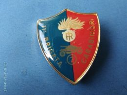 CARABINIERI E GRANATIERI  Carabinieri 11° Brigata - Italie