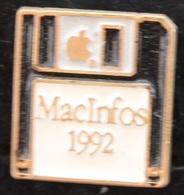 DISQUETTE NOIRE - MACINFOS 1992 - APPLE - POMME -        (ROSE) - Computers