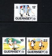 GUERNSEY - 1989 EUROPA CHILDREN'S TOYS & GAMES SET (3V) SG 451-453 FINE MNH ** - 1989