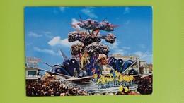 Cartolina VIAREGGIO - LU - Viaggiata - Postcard - Carnevale - Ma Che Tempo Fa - Viareggio