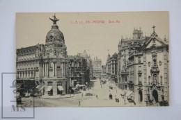 Antique Postcard Madrid - Gran Via - Edited C. A. Y L. -  City Life - Horse Carriages - Madrid