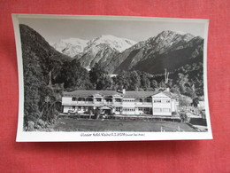 Glacier Hotel Waiho New Zealand ---------Postcard Size  Blank Back Photo-------  Ref 2916 - New Zealand