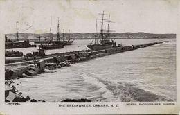 New Zealand, OAMARU, The Breakwater, Sailing Boats (1920s) Morris Postcard - New Zealand