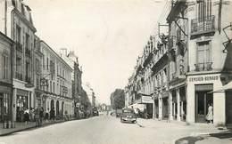 SOISSONS - Rue Du Collège,Censier Renaud,teinturerie Nettoyage. - Soissons