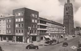 76 DUNKERQUE    Place Jean-Bart (côté Ouest ) Et Beffroi      PAS COURANT   ..avec Commerces - Dunkerque