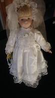 Belle Poupée Des Années 70 Mariée - Dolls
