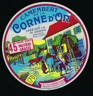 """Etiquette Fromage Camembert De La Corne D'or  Fromagerie Cordeau Semussac 17 D """"diligence, Chevaux"""" - Cheese"""