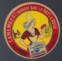 "Etiquette Fromage Camembert Pays D'auge  André Maubant Ecajeul  Calvados ""femme Coiffe"" - Cheese"