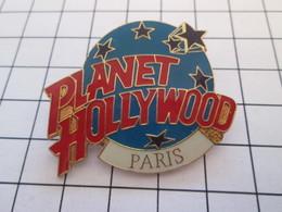 Pas Pin's Mais BROCHE : PLANET HOLLYWOOD PARIS - Animals