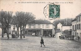 """LA CELLE-SAINT-CLOUD - Place De L'Eglise Et Rue De La Mairie - Boucherie """" VOGLIN """" - Epicerie """" E. BEAUGELET """" - La Celle Saint Cloud"""