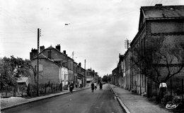 CPSM Dentellée - LUCQUY (08) - Aspect De La Rue Pasteur En 1962 - France
