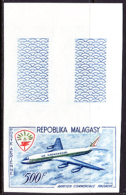 Madagascar (1963) Plane. Helmet Bird. Imperforate.  Scott No C71, Yvert No PA88. - Airplanes