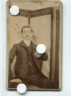 Id 1905   Jeune Homme Elegance Moustache XIX Style Marcel Proust Gay Paravent - Personnes Anonymes