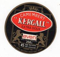 Avr18   56007 A    étiquette  Camembert  Kergall - Cheese