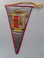 Banderín De Ávila. Castilla Y León. España. Años '60-'70 - Escudos En Tela