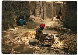 CAMEROUN/CAMEROON - TILDE' TRIBU MOKOTO / THEMATIC STAMPS-INT.CHILDREN YEAR - Camerun