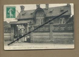 CPA - Saint Valéry Sur Somme - La Gendarmerie  -(Gendarme , Gendarmes ) - Saint Valery Sur Somme