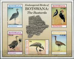 Botswana. 2017. Bustards (MNH OG **) Miniature Sheet - Botswana (1966-...)