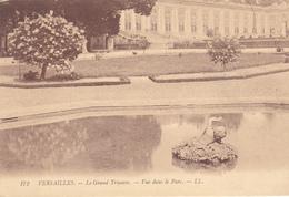 (78) VERSAILLES - Le Grand Trianon - Vue Dans Le Parc - Versailles (Château)