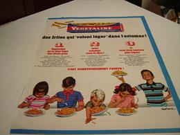 ANCIENNE AFFICHE PUBLICITE DES FRITES  VEGETALINE 1967 - Posters